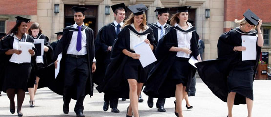 The history of academic dress in the United Kingdom